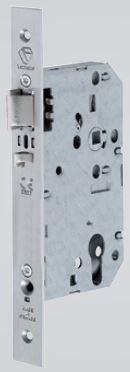 D457 - D457 escape nightlatch with lockable handle