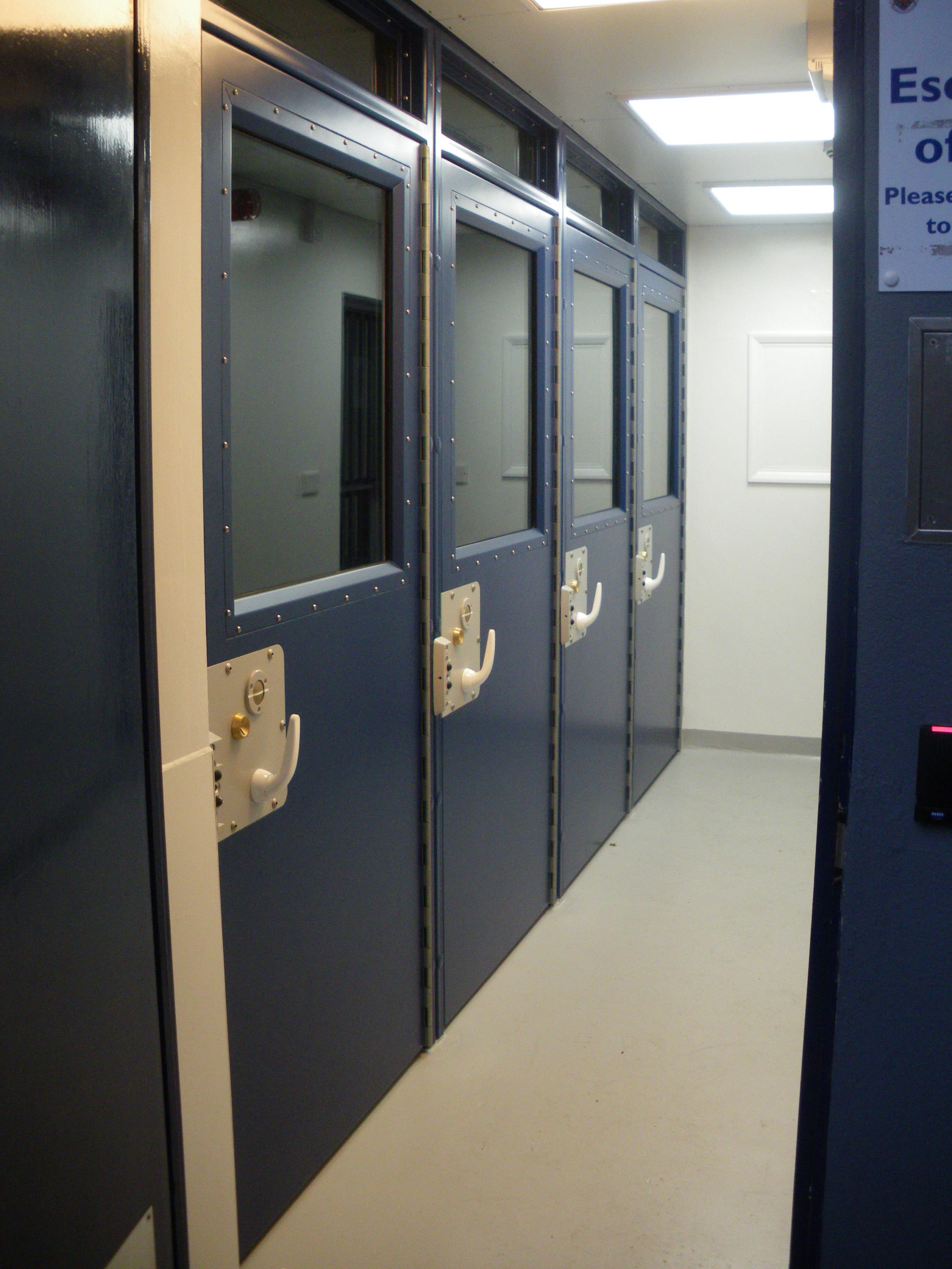 9D004 - Police Holding Room Door