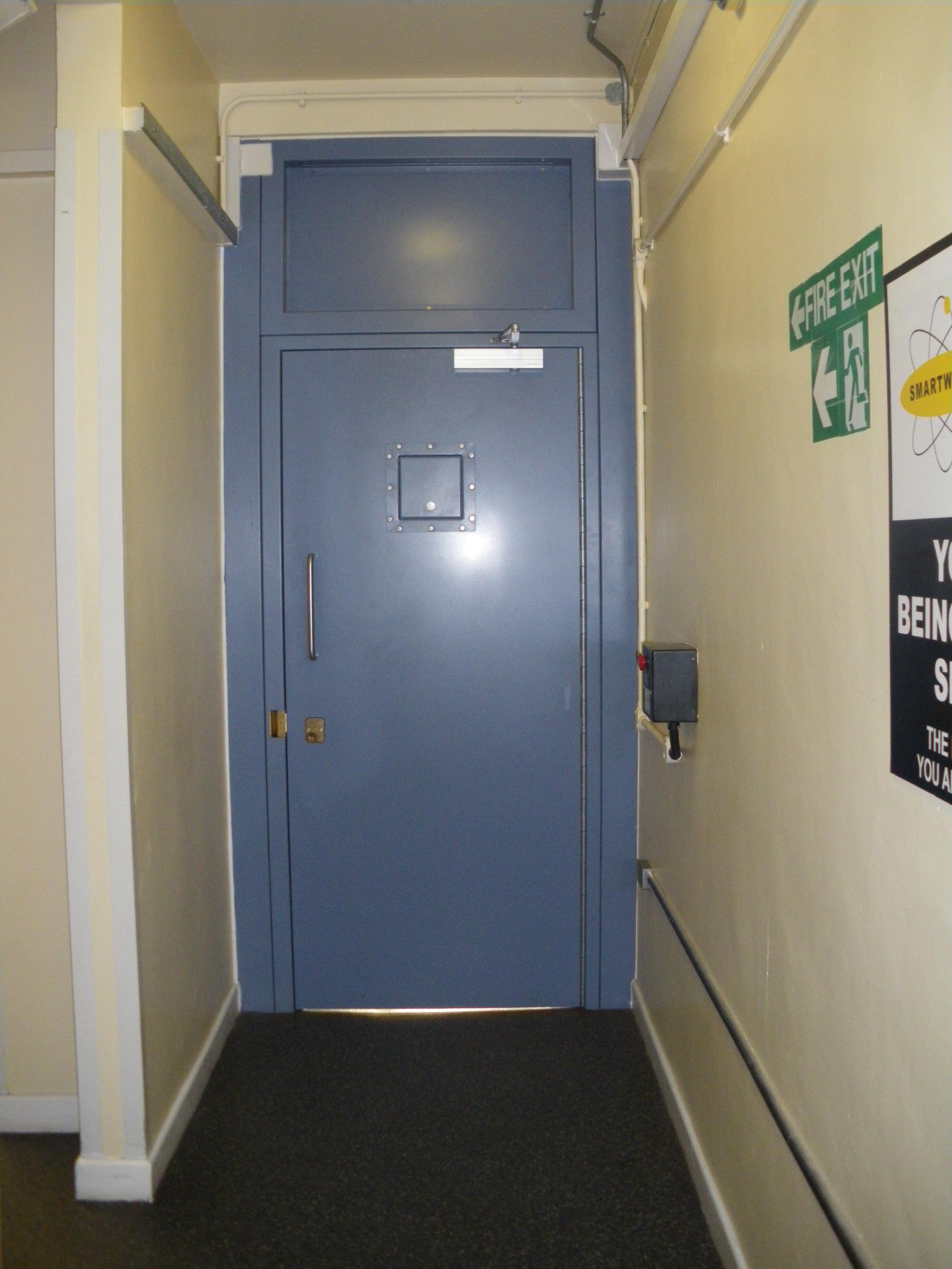 9D014A - Police Prisoners Entrance Door